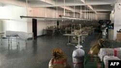 지난 1월 중국 단둥의 한 옷 공장. 중국 당국의 유엔 대북제재 이행으로 공장에서 일하던 북한인 노동자들이 귀국한 후 텅 빈 모습이다.