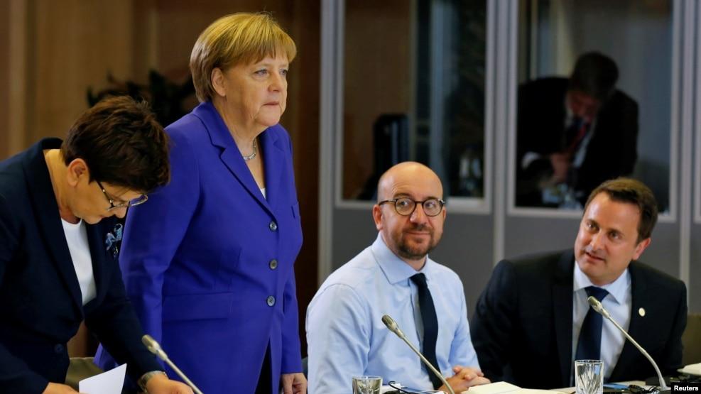លោកស្រីអធិការបតីអាល្លឺម៉ង់ Angela Merkel និងមេដឹកនាំនៃសហភាពអឺរ៉ុបបានជួបប្រជុំគ្នាក្នុងថ្ងៃទី២ នៅទីស្នាក់ការកណ្ដាលរបស់សហភាពអឺរ៉ុបក្នុងទីក្រុងប្រ៊ុចសែល កាលពីថ្ងៃទី២៩ ខែមិថុនា ឆ្នាំ២០១៦។