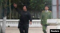 Vụ phóng thích tiến sĩ Cù Huy Hà Vũ không xoa dịu được nỗi đau của các blogger và các ký giả độc lập đang bị đàn áp tại Việt Nam
