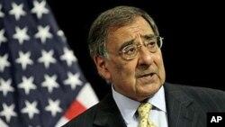 美国国防部长帕内塔10月5日在布鲁塞尔出席北约防长会议