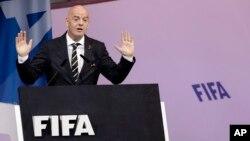 ကမာၻ႔ေဘာလုံးအဖဲြ႔ခ်ဳပ္ (FIFA) ဥကၠ႒ Gianni Infantino