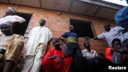 Abavyeyi bakoraniye kw'ishure ry'abayisilamu, Salihu Tanko i Tegina, muri reta ya Nijeri, muri Nijeriya, kw'itariki ya 10/08/2021.