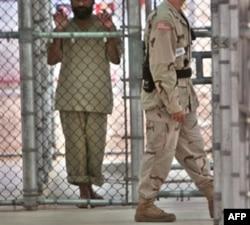 Guantanamo qamog'ida uch mahbusni so'roq qilishda sun'iy cho'ktirish usuli qo'llangani xato bo'lmagan, deydi Cheyni