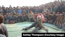 新疆維吾爾人摔角活動資料照。