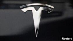 Varios Tesla han estado involucrados en accidentes, algunos de ellos fatales, que involucran el uso del sistema AutoPilot de la compañía.