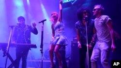 Banyak kelompok musik dari Asia, Eropa dan Afrika tampil dalam festival South by Southwest (foto, 16/3/2013).