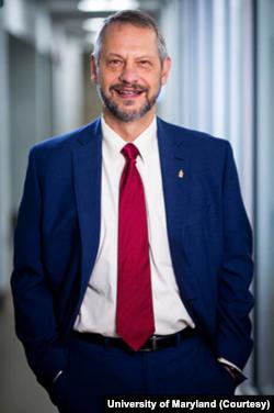 Boris Lušnjak, dekan Škole javnog zdravlja na Univerzitetu Merilenda.