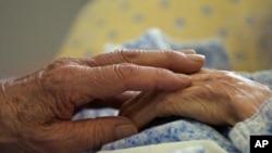 Владата поведе нова битка против Алцхајмеровата болест