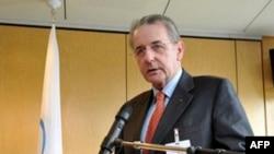 Chủ tịch Ủy ban Thế Vận Hội quốc tế Jacques Rogge nói ông thất vọng về phán quyết của CAS nhưng vẫn tuân thủ quyết định này