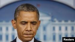 Presiden Barack Obama mengecam tuduhan partai Republik bahwa Gedung Putih sengaja membocorkan informasi rahasia (8/6).