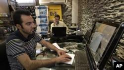 برند آمریکایی HP در فروشگاهی در ایران