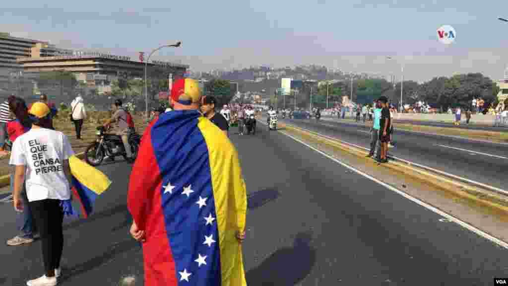 """""""Pueblo de Venezuela, es necesario que salgamos juntos a la calle, a respaldar a las fuerzas democráticas y a recuperar nuestra libertad"""", señalo este martes Juan Guaidó a tráves de su cuenta en Twitter."""