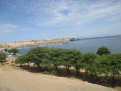 Problema da água em Moçâmedes vai terminar, diz administrador - 3:39