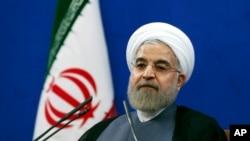 伊朗總統魯哈尼在新聞發布會上(2015年6月13日)
