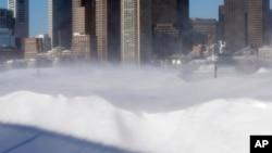 2015年2月16日波士顿东部海滨冬季风暴后的积雪