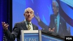 Ron Paul, anggota fraksi Republik dari negara bagian Texas, berbicara pada pertemuan CPAC di Washington, DC (12/2).