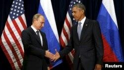 Tổng thống Mỹ Barack Obama gặp Tổng thống Nga Vladimir Putin bên lề phiên họp thường niên của Đại hội đồng Liên Hiệp Quốc tại New York, ngày 28/9/2015.