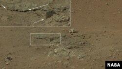 Gambar permukaan Mars yang diambil oleh kendaraan penjelajah NASA, Curiosity, awal bulan ini. (Foto: NASA/JPL-Caltech)