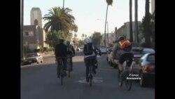 """Велосипедисти Лос-Анджелеса формують """"поїзди"""""""