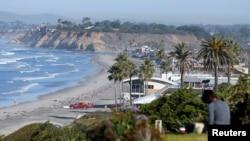 美国加利福尼亚的一处海滨民房。加利福尼亚和悉尼等地都吸引中国投资移民