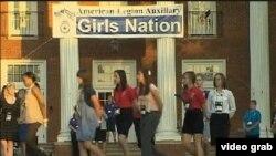 Kroz program Girls Nation, studenti uče o političkom procesu i demokraciji