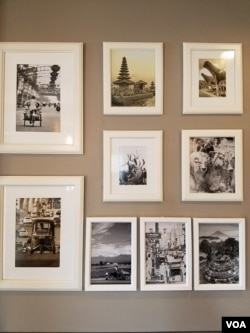 Foto-foto yang menggambarkan Indonesia di dinding restoran D'jakarta Cafe (Dok: VOA)