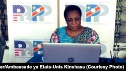 Julienne Lusenge, présidente de Solidarité Féminine pour la Paix et le Développement Intégral, directrice du Fonds de la Femme Congolaise, lauréate du prix Femmes de Courage 2021 du Département d'Etat américain