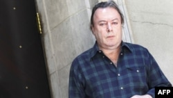 Christopher Hitchens Hayatını Kaybetti