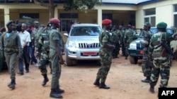 Militares guineenses durante o golpe de Estado de 12 de Abril (Arquivo)