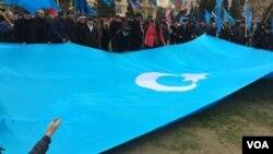 """Müsavat Partiyasının """"Siyasi məhbuslara azadlıq!"""" mitinqi"""