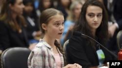 Mlada švedska aktivistkinja za borbu protiv klimatskih promena Greta Tunberg svedočila je pred Odborom za klimatsku krizu na Kapitol Hilu, 18. septembra 2019.