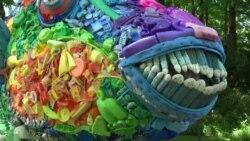 Seni Sampah Laut Tingkatkan Kesadaran Lingkungan
