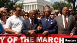 """非洲裔民權運動領導人士在華盛頓的林肯紀念堂,參加紀念馬丁‧路德‧金牧師 """"我有一個夢想""""民權講話50周年大會"""