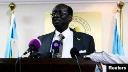 Menteri Luar Negeri Sudan Selatan Barnaba Marial Benjamin mengatakan mengizinkan pekerja asing untuk tetap tinggal (17/9).