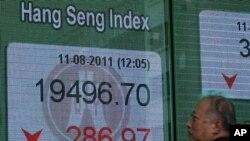 图为香港恒生指数8月11日中盘时
