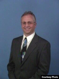 世界政策研究所高级研究员詹姆斯•诺特博士(诺特本人提供)