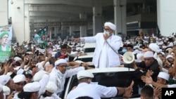 ای پي وايي سعودي عرب ته د شهاب ته تګ نه وړاندې پولیس په هغه په انټرڼېت د لوڅو خبرو او د ریاستي مفکورې د توهین الزامات لګولي وو