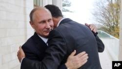 Rusiya prezidenti Vladimir Putin və Suriya prezidenti Bəşar Əl-Əsəd Soçidə görüş zamanı