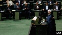 حسن روحانی رئیس جمهوری ایران در مجلس شورای اسلامی