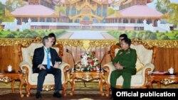 ျမန္မာႏိုင္ငံ ဆိုင္ရာ အေမရိကန္ႏိုင္ငံ သံအမတ္ႀကီး Scot Marciel နဲ႔ ကာခ်ဳပ္တို႔ ေတြ႔ဆံု (Senior General Min Aung Hlaing)