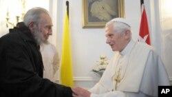 天主教教宗本篤十六世在哈瓦那會晤古巴前領導人菲德爾-卡斯特羅