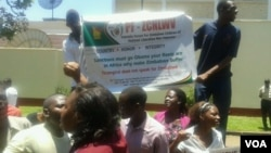 Youths affiliated to the Patriotic Forum for Zimbabwe Children of National Liberation War Veterans were demonstrating for the second-day running against sanctions. (Phot0/Irwin Chifera)