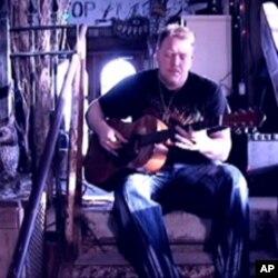 Un musicien du delta du Mississippi à l'oeuvre