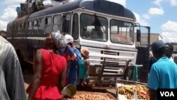 People selling their wares at Mbare, Harare, before Zimbabwe engaged in a 21-day coronavirus lockdown.