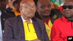 Le président Jacob Zuma, à gauche, lors d'un rallye à Bloemfontein, en Afrique du Sud, le 1er mai 2017.
