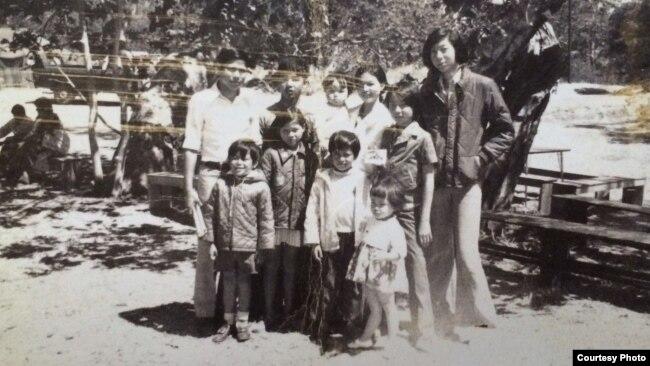 Gia đình ông Hoàng Kiều.