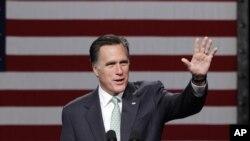 Kandidat Presiden Partai Republik, Mitt Romney berpidato di Lansing Community College di Lansing, Michigan (8/5).
