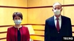 Perwakilan Taiwan di AS, Bi-khim Hsiao, bertemy Asisten Menlu AS David Stilwell di Washington DC (foto: dok).