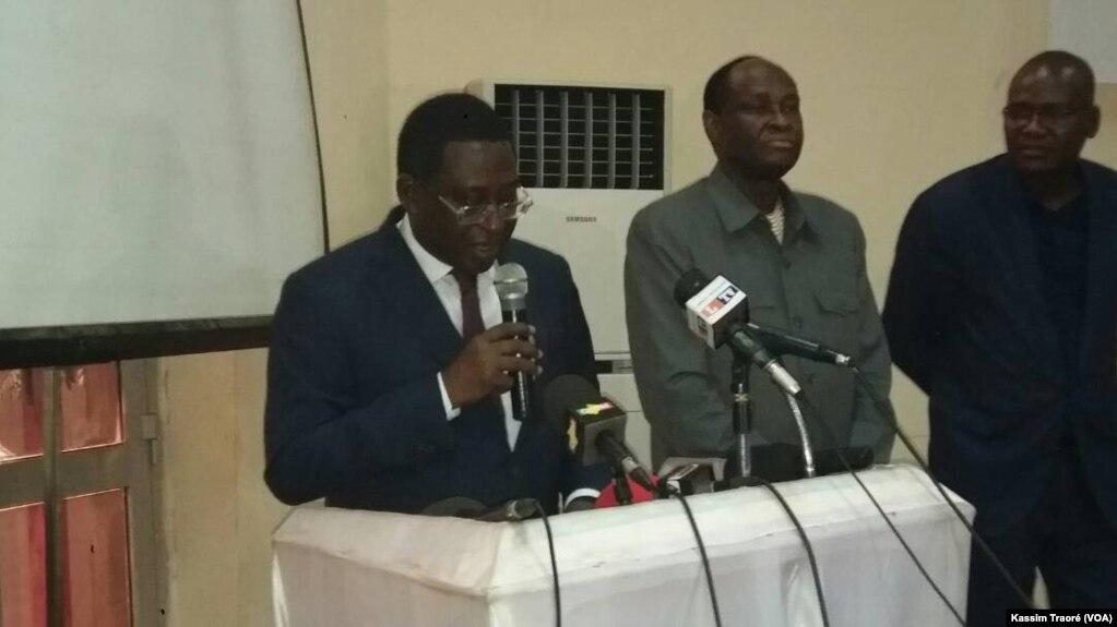 Tiebile Drame, président du Parti pour la renaissance nationale (Parena, opposition) à Bamako, Mali, 25 avril 2018. (VOA/Kassim Traoré)