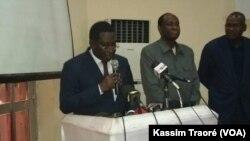 Tiébilé Dramé, président du Parti pour la renaissance nationale (Parena, opposition) à Bamako, Mali, 25 avril 2018. (VOA/Kassim Traoré)